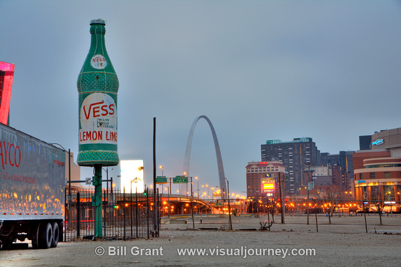 Giant Vess bottle and Gateway Arch